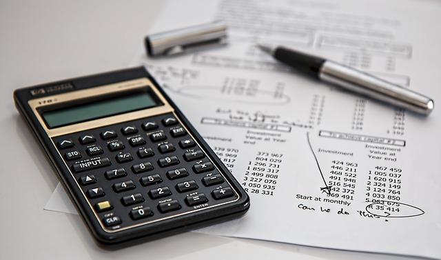 kalkulačka, propiska, výpočty