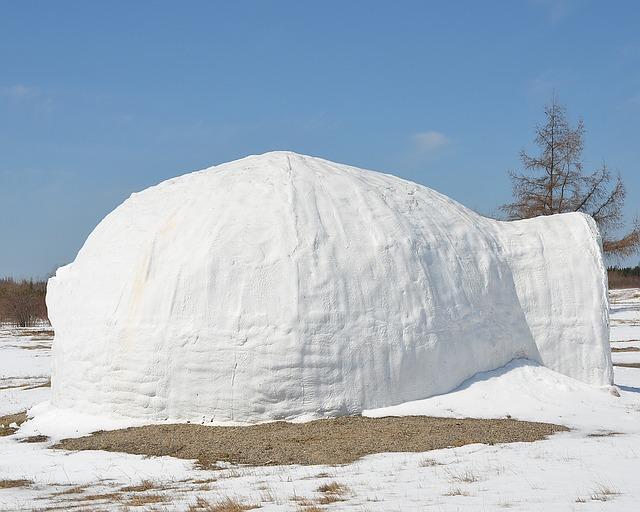 domek ze sněhu